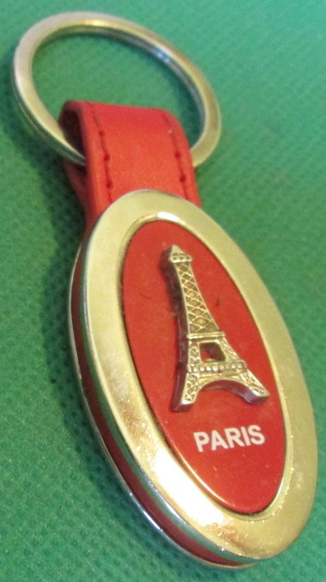 PARIS France Eiffel Tower Souvenir keyring key chain 2.5""