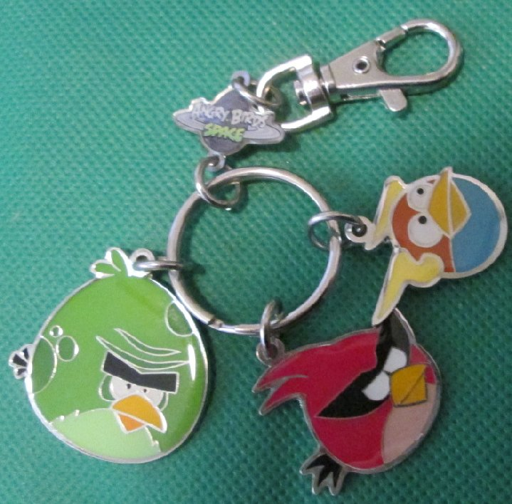 ANGRY BIRDS SPACE metal charms keyring key chain clip-on 3.25""