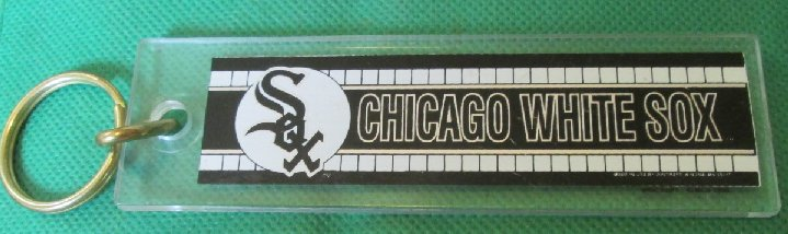 CHICAGO WHITE SOX plastic keyring key chain 5""