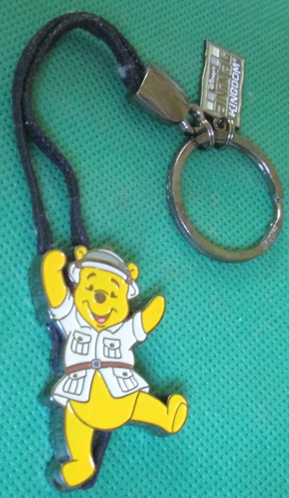 Disney ANIMAL KINGDOM Safari Winnie POOH charm keyring key chain - Click Image to Close