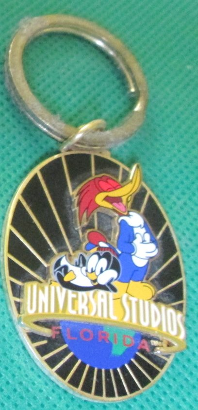 UNIVERSAL STUDIOS Florida WOODY WOODPECKER CHILLY WILLY keyring