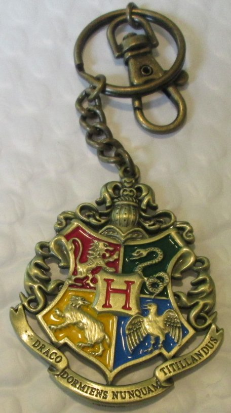 HARRY POTTER Hogwarts crest metal keyring key chain keychain