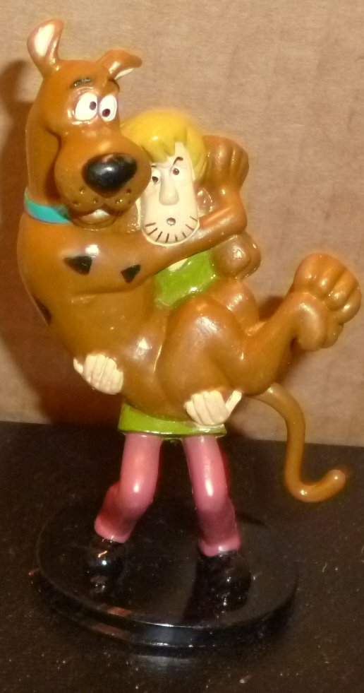 Shaggy holding SCOOBY-DOO PVC figure 3.5""