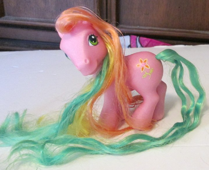 G3 MLP My Little Pony PICK A LILLY