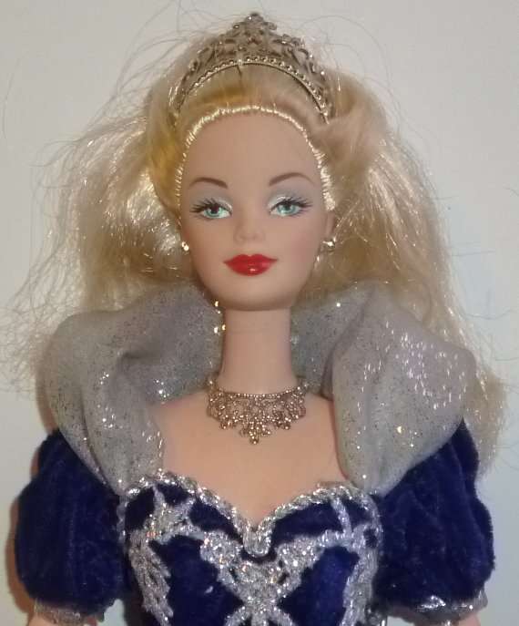 HAPPY HOLIDAY BARBIE Doll 2000 Millennium Princess wearing gown