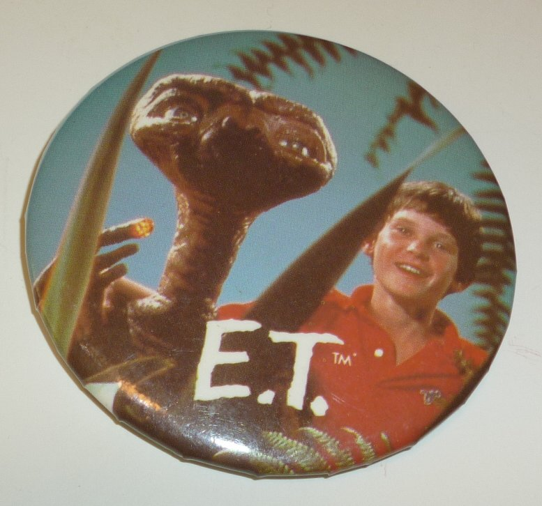 Vintage 1982 ET Extra Terrestrial Movie round button Pin 2.25""