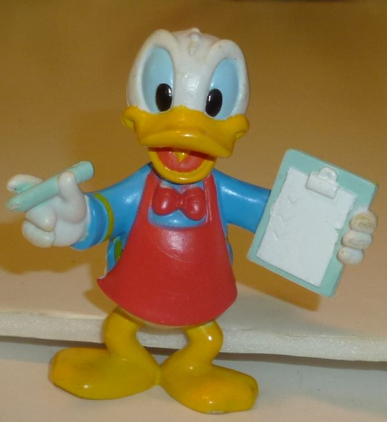 "DONALD DUCK with clipboard PVC Figure 2.25"", Disney"