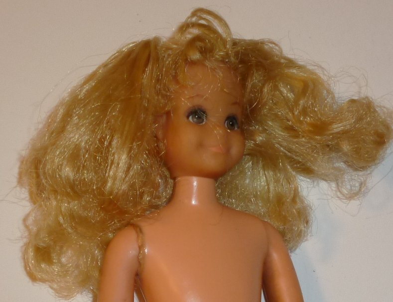 Vintage Barbie MOD dramatic Living FLUFF doll blonde hair nude