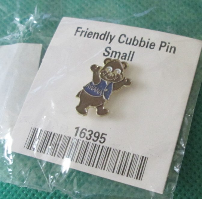 "AWANA Friendly Cubbie Bear small lapel PIN 0.75"" Mint in Package"