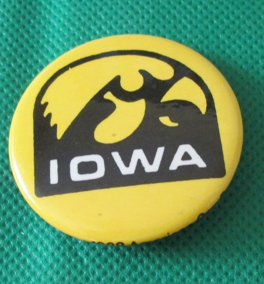 Vintage 1988 IOWA round button Pin 1.5""