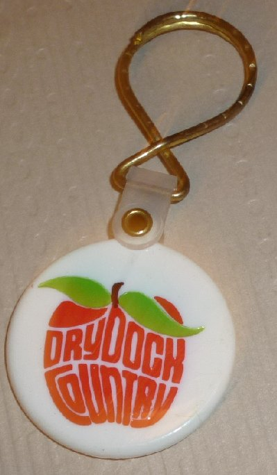 DRYDOCK COUNTRY in the Big Apple plastic keyring key chain 1.5""