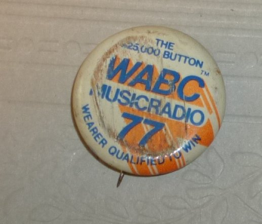Vintage WABC MUSIC RADIO 77 contest small round button Pin 1""