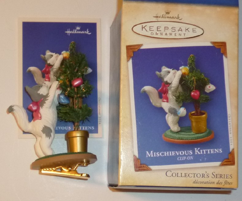 2004 Hallmark Ornament MISCHIEVOUS KITTENS clip-on in Box