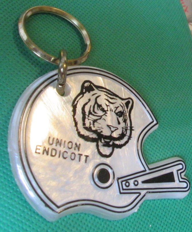 UNION ENDICOTT Football Helmet plastic keyring key chain 3.5""