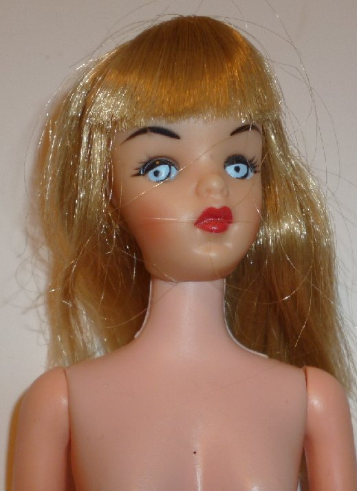 Vintage Pretty Barbie Clone fashion Doll blonde with bangs nude