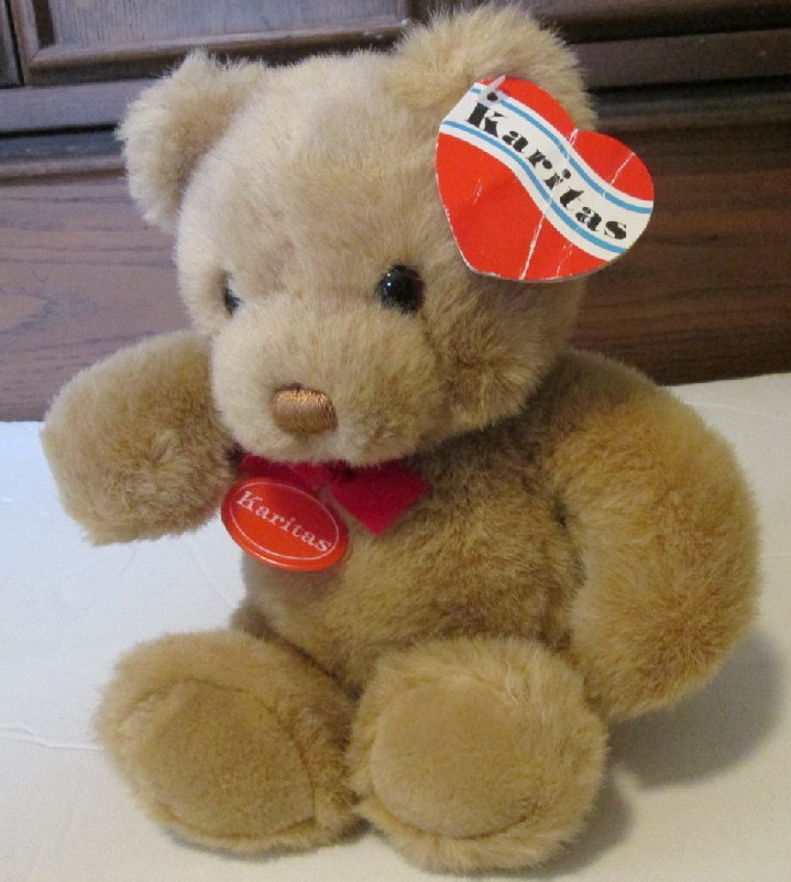 Vintage Plush KARITAS beige TEDDY Bear 1986 Gund with hang tags
