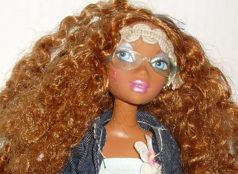 MY SCENE black AA Barbie Doll kinky red hair dressed