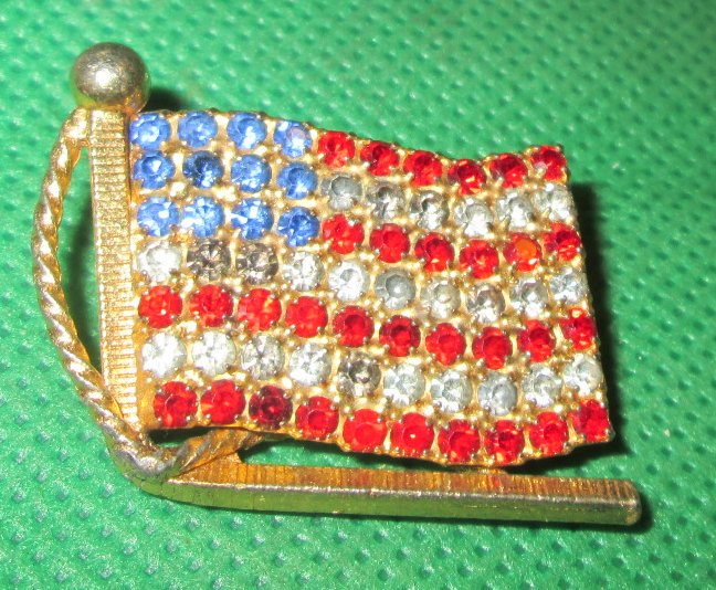 Patriotic US FLAG rhinestones red white & blue lapel PIN 1""