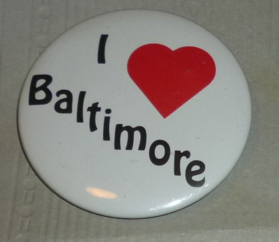 I Love BALTIMORE round button Pin 2""