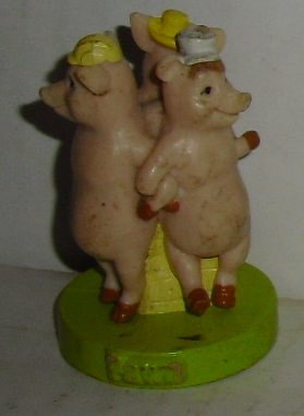 "THE THREE PIGS PVC Pawn Figure 2"", from SHREK Chess Set,"