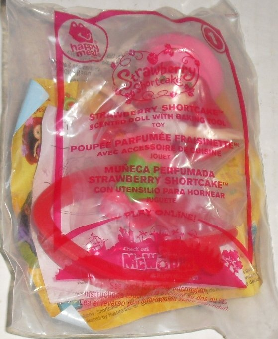 McDonalds McD STRAWBERRY SHORTCAKE #1 happy meal toy MIP