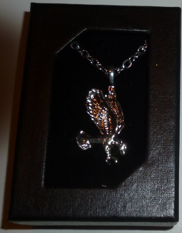 EAGLE silvertone Pendant Chain Necklace, Mint in Box