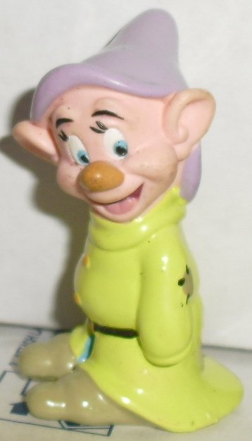Snow White Dwarf DOPEY PVC Figure Disney