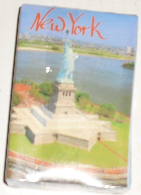 1 deck of NEW YORK NYC Statue of Liberty Souvenir playing cards - Click Image to Close