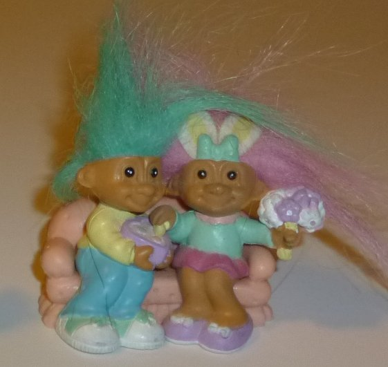 "Mini Troll doll boy & girl dating PVC figure 2"", RUSS"