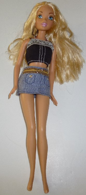 BARBIE Doll MY SCENE blonde wearing top & mini skirt