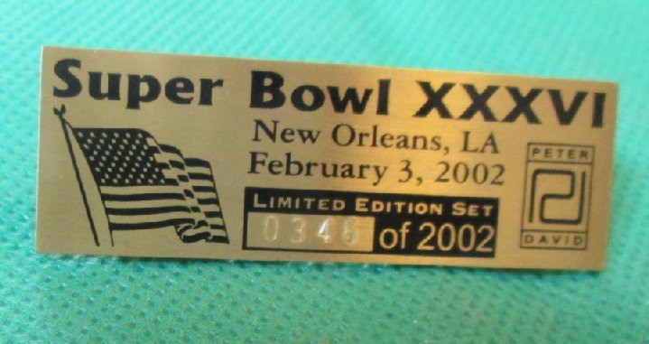2002 SUPER BOWL XXXVI New Orleans Limited Edition pinback Pin