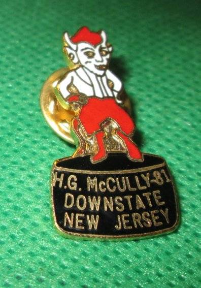 1981 HG MCCULLY DOWNSTATE New Jersey Pin 1.25""