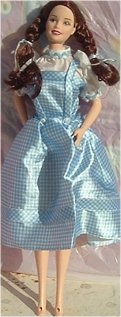 Wizard of OZ BARBIE DOROTHY Talking Doll dressed