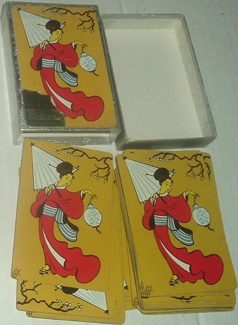 1 Deck Midway JAPANESE LADY yellow playing cards